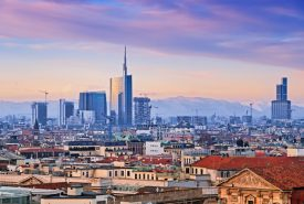 skyline di milano città nella quale è presente la nostra web agency